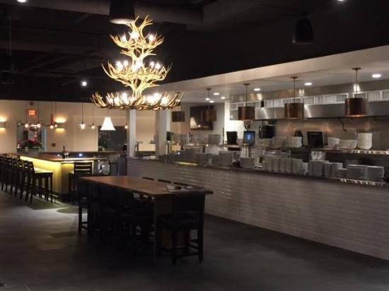 North Easton, ماساتشوستس: Corfinio Italian Wood Fired Kitchen