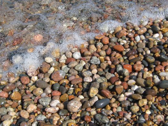 12-Mile Beach: beautiful stones, make for great pictures. do not take the stones!