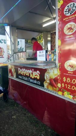 Homebush, أستراليا: Poffertjes - Mini Pancakes