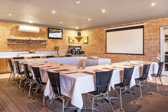 Quality Suites Banksia Gardens Albany: Functions