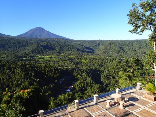 Puri Alam Bali Bungalows: Sunrise