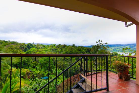 Nuevo Arenal, Kosta Rika: Toad Hall Hotel Arenal - Lago Suite - View from Balcony