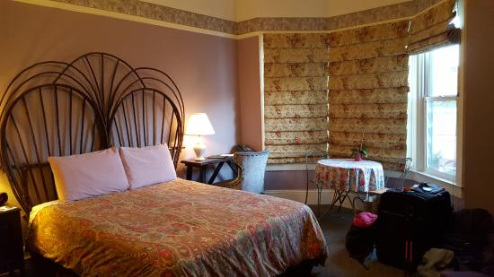 The Willows Bed and Breakfast Inn: Room 22