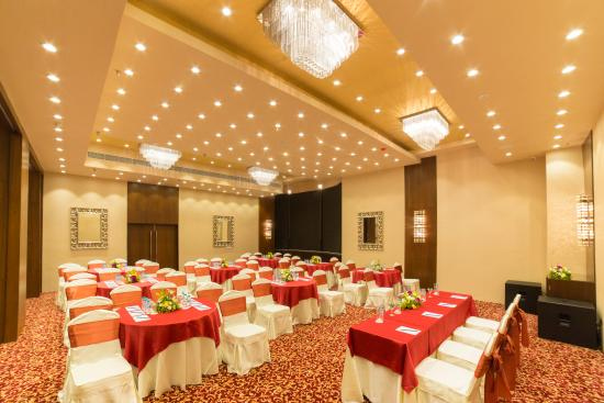 Hotel Banquet Hall Picture Of Golden Tulip Salt Lake City Kolkata Kolkata Calcutta Tripadvisor