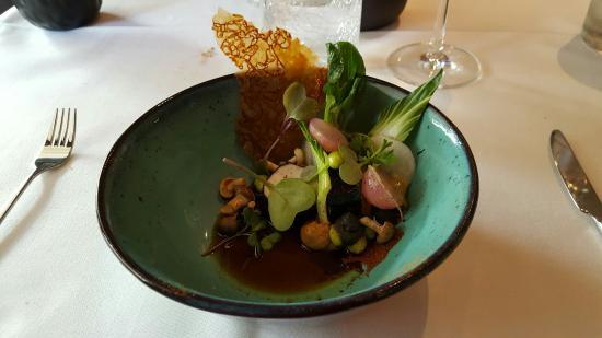 Restaurant & foodba