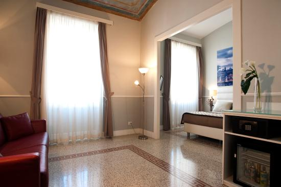 Photo of La Mongolfiera Rooms Rome