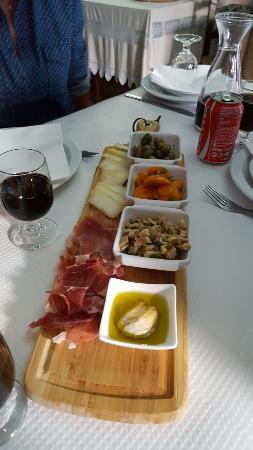 Estombar, Portugal: 20160526_203433_large.jpg