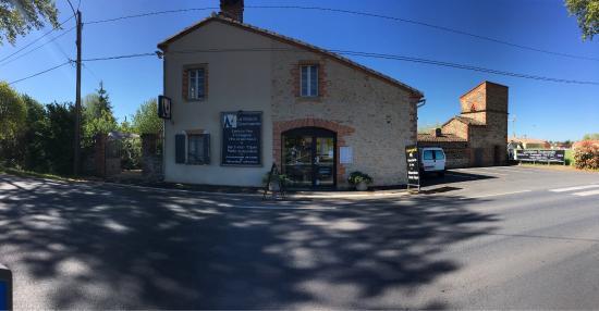 Marssac-sur-Tarn, Francia: Extérieurs de La Maison Gourmande