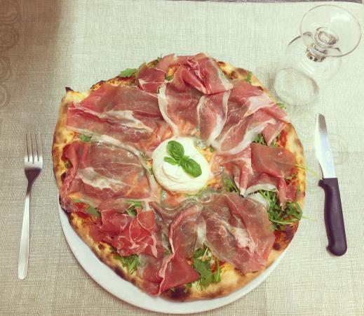 Pizzasporto da Simone: Pizza burrata