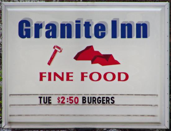 Redgranite, WI: Granite Inn sign