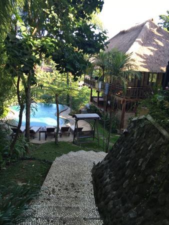Graha Moding Villas: Petit coin de paradis niché dans les hauteurs de ubud . Nous avons adoré notre séjour là-bas (2