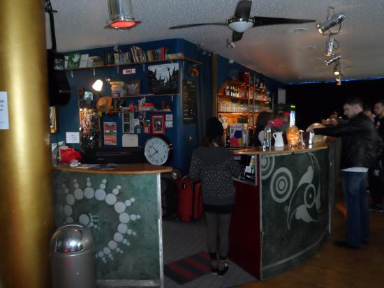 Heart of Gold Hostel: The bar