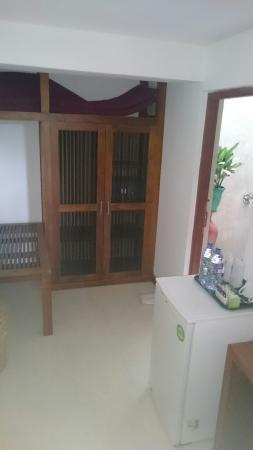 โรงแรมทรีออฟไลฟ์: Tharinduw