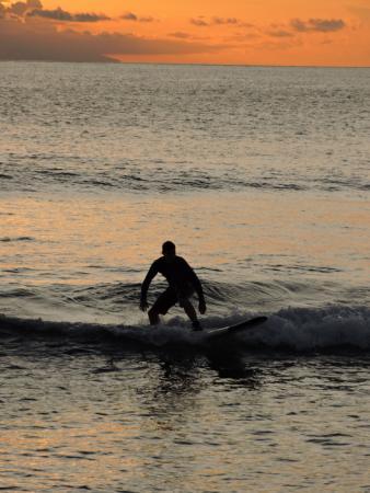 Senggigi, Indonesia: Stay low and ''hang loose''