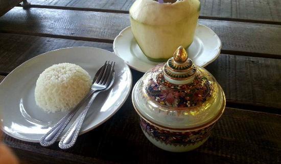 Tathata Thai Food & Pizzeria: My curry