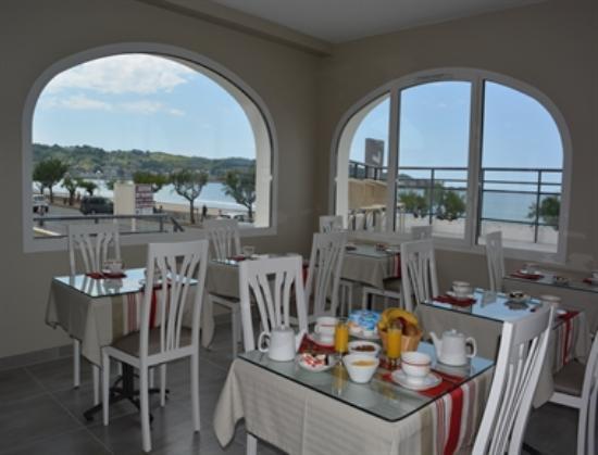 Hotel Valencia : salle des petits déjeuners