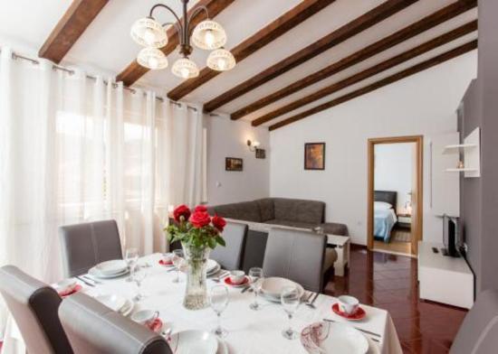 Photo of Hotel Apartments de Chiudi Trogir