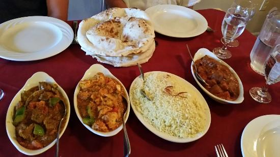 Saber's Taste of India: 20160525_192523_large.jpg
