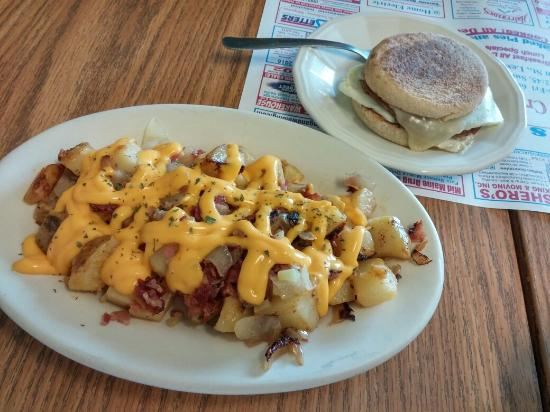 Lewiston, ME: Perfect breakfast! Pics are of the loaded homefries (onions peppers and cheese) and the other pi
