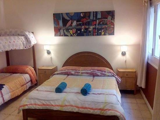 Savigliano International Hostel Mendoza: Savigliano Hostel Mendoza double room