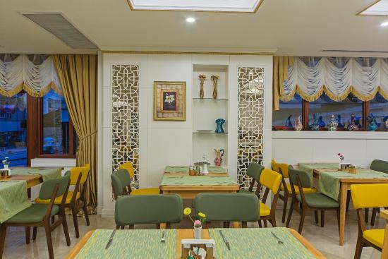 Grand naki hotel istanbul turkije foto 39 s reviews en for Grand naki hotel