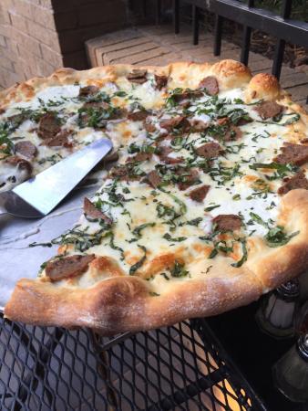 Zucca Bar & Pizzeria