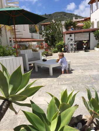 Terrasse de Reve pour de belles vacances en famille - Picture of ...