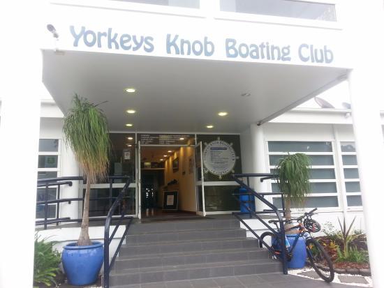 Yorkeys Knob, Austrália: Front