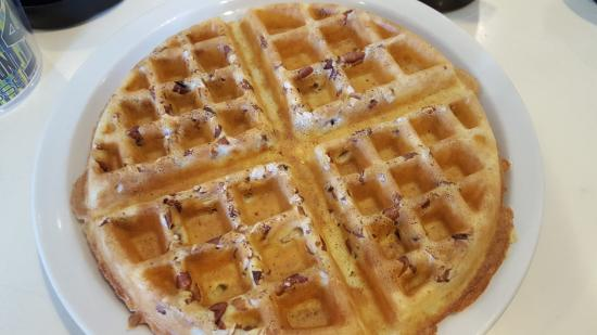 College Park, MD: Delicious pecan waffles