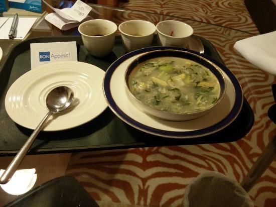 Radisson Blu Hotel Ahmedabad: IMG_20160123_215254_large.jpg