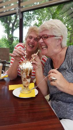 Garstang, UK: Surprise visitors from Australia absolutely loved it