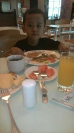 Hotel 61 Medan: 1419558706080_large.jpg