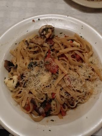 Stockbridge, GA: Mushroom Fettuccine Florentine