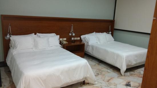 Aparthotel Torres de Alba: Bed Room