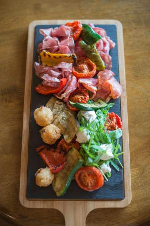 Herefordshire, UK: Our sharing antipasti platter