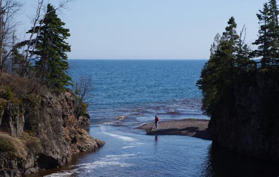 Schroeder, MN: Beach combing