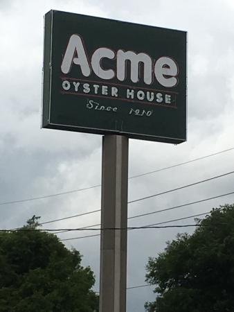 Acme Oyster & Seafood House: photo2.jpg