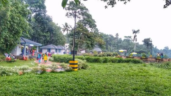 Kuttanad, India: Edakkadavu Park