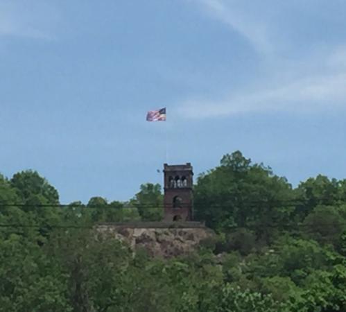 Poet's Seat Tower : photo4.jpg