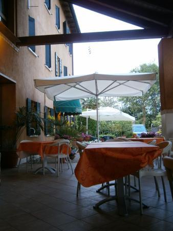 Tessera, Italia: Terrasse