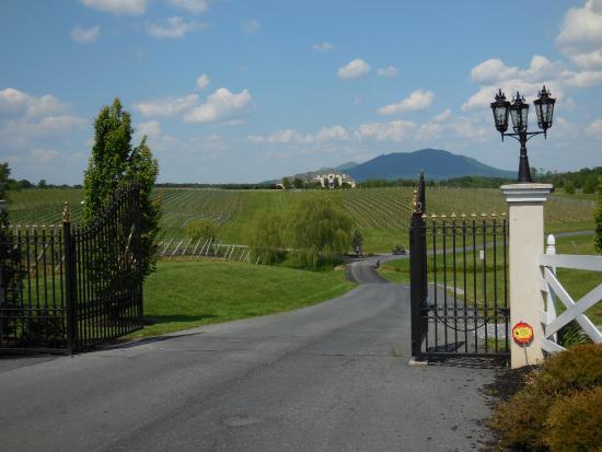 Mount Crawford, Wirginia: Entrance