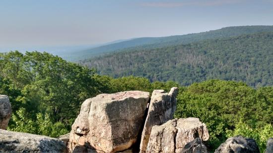 Catoctin Mountain Park: Chimney Rock