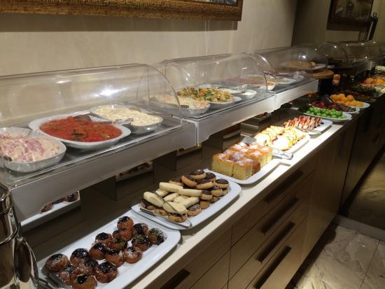 Free snack ayramin hotel stanbul resmi tripadvisor for Ayramin hotel taksim