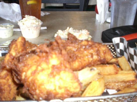 Gaithersburg, MD: Fried fish and fries