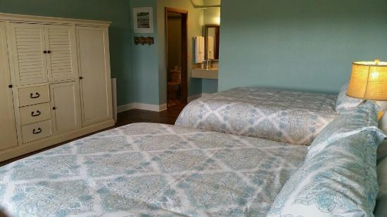 Embers Inn & Tavern : Newly remodeled rooms!