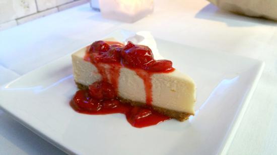 Taverna Gorgona: Very tasty New York cheesecake.