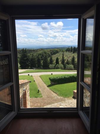 Vagliagli, Italia: View from our room overlooking Tuscan hillside