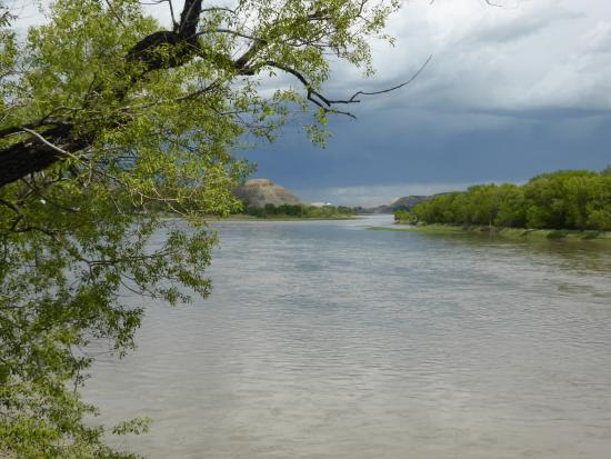 Fort Benton, Монтана: Missouri River from the walking bridge
