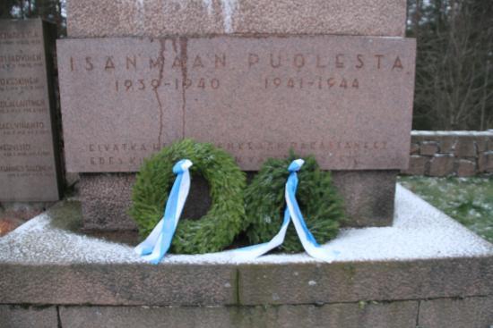 Palkane, Finland: Wreath laid for the fallen
