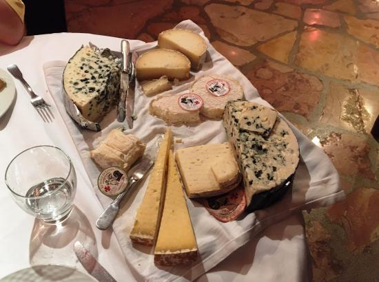 Creissels, Francia: locale ARTISANALE kazen bij dineren,mega lekker ...TOP !!!